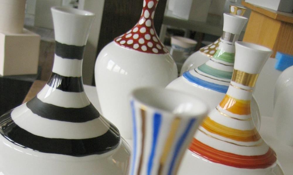 Vasen im Atelier