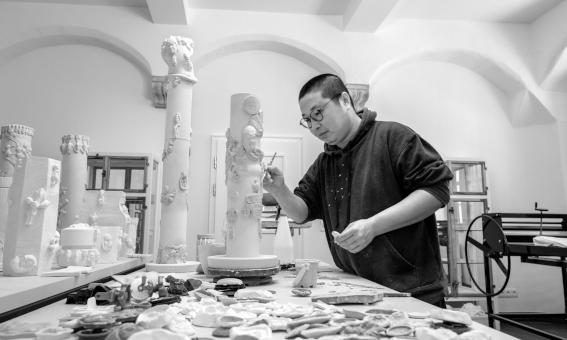 Porzellankünstler Zhuo Qi
