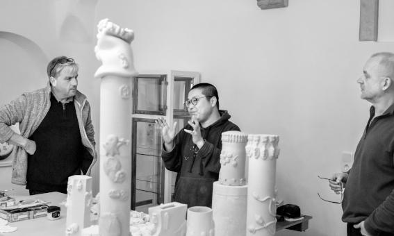Porzellankunst: Gastkünstler Zhuo Qi  weilt in Meißen